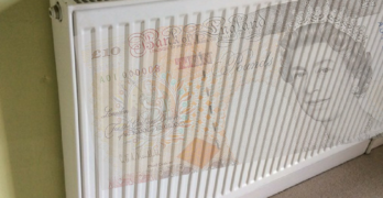 Picture of radiator with £10 note on it